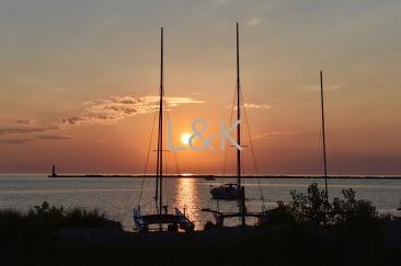 LK Web sunset btwn arms
